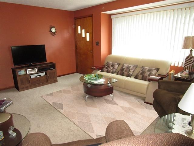 27 New Ludlow Road Granby MA 01033