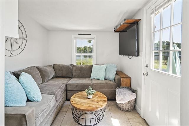 24 Oakhurst Terrace North Reading MA 01864