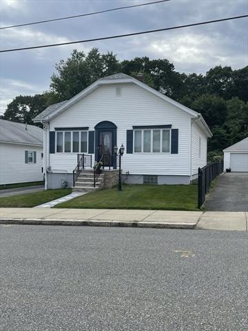 372 Johnson Street Fall River MA 02723