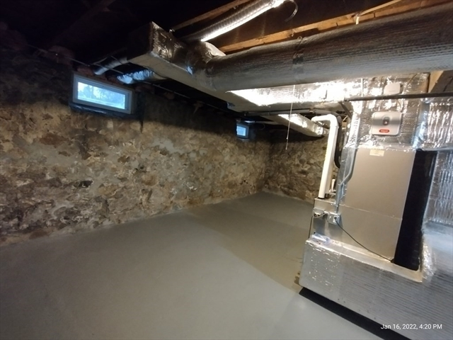 62 WASHINGTON Street Wellesley MA 02481