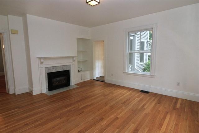 4 Washburn Place Brookline MA 02445