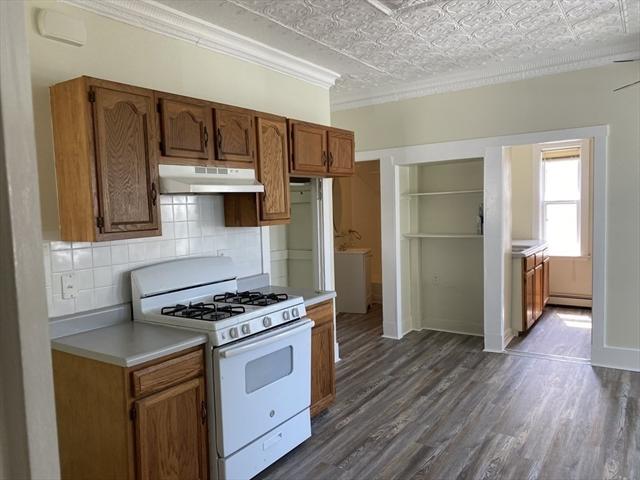 536 Bay Street Taunton MA 02780