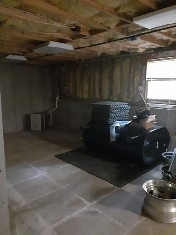 17 Country Lane Berkley MA 02779