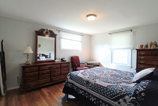 103 Pennsylvania Avenue Somerset MA 02726