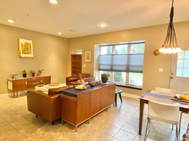910 Saratoga Street Boston MA 02128