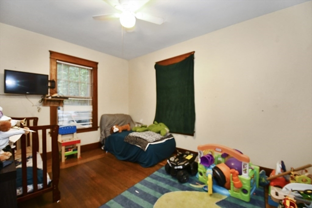3 Wallace Road Fitchburg MA 01420
