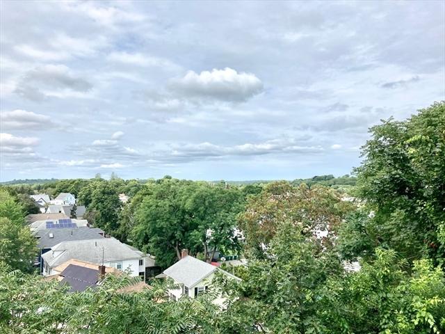 32 Ocean View Lynn MA 01902