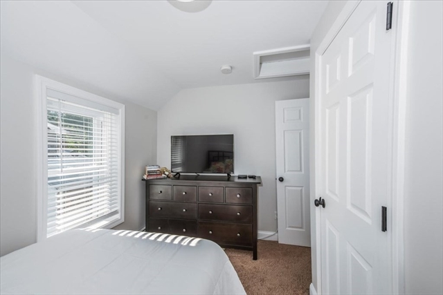 118 Pearl Street Dartmouth MA 02748