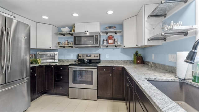 7 Carrie Street Lakeville MA 2347