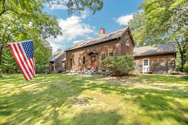 567 Forest Street Dunstable MA 1827