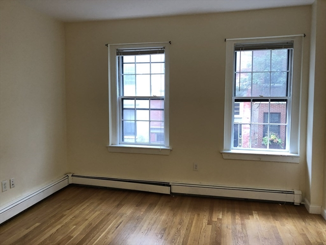 28 Phillips Street Boston MA 02114