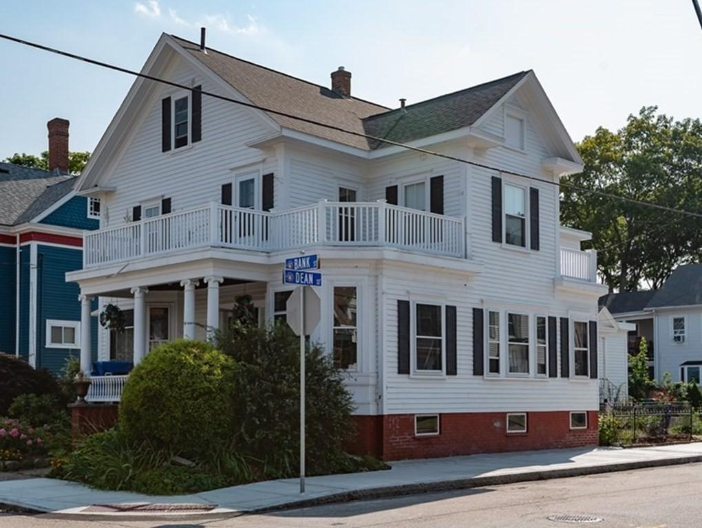 58 Bank St, Attleboro, MA 02703