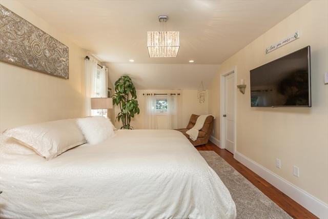 27 Greendale Street Dartmouth MA 02748