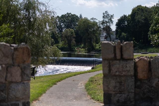 13 Phillips Pond Road Natick MA 01760
