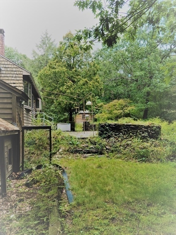 61 Upland Avenue Lunenburg MA 01462