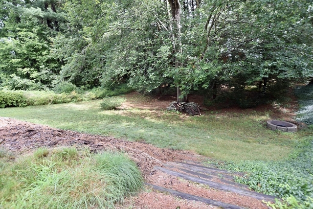 60 Spruce Bridgewater MA 2324