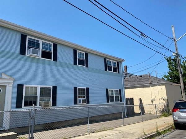 Calling all buyers!  Condo located in Fall River's South end location.  Please Note: Access can't be granted as it's an occupied property.   No active condo association at this time.   AS-IS.  Buyer is responsible for obtaining condo re-sale certificate and required inspections.  Property needs to be on the market for 21 days before investor offers will be accepted/responded.