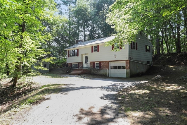 13 Christopher Road Westford MA 01886