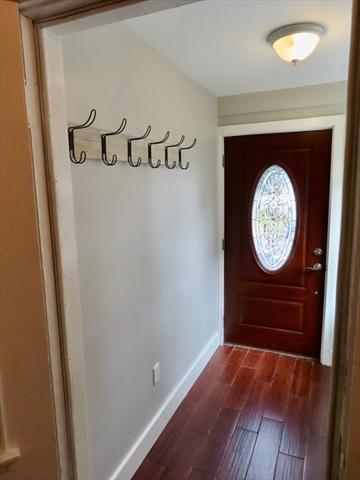 32 Lincoln Street North Andover MA 01845