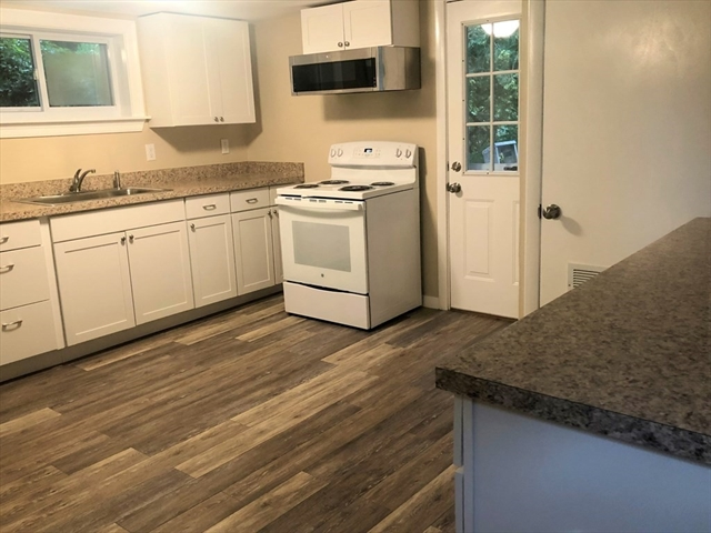14 RODGERS Circle North Reading MA 01864