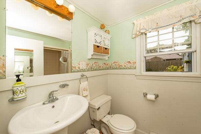 33 Lyman Lane Yarmouth MA 2664