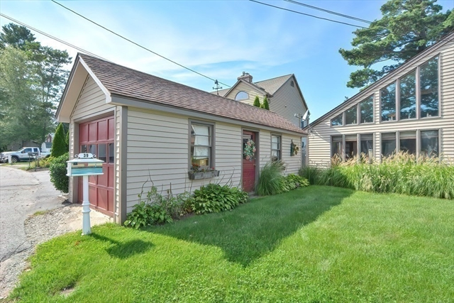 39 Point Pleasant Road Webster MA 01570