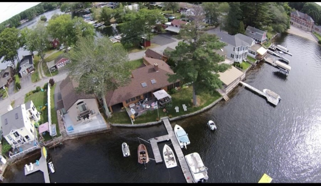 39 Point Pleasant Rd, Webster, MA 01570