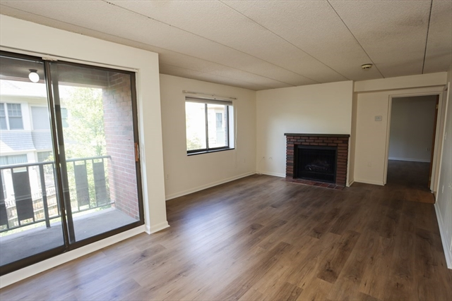 44 Concord Avenue Cambridge MA 02138