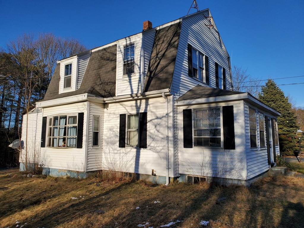 """Perfect property for an investor, contractor, flipper or HGTV enthusiast. Tremendous potential in this 3 bedroom home with a full basement and detached 2 car garage. Great location minutes to commuter rail and highways. Sold in """"AS IS """" condition - will not pass all types of financing."""