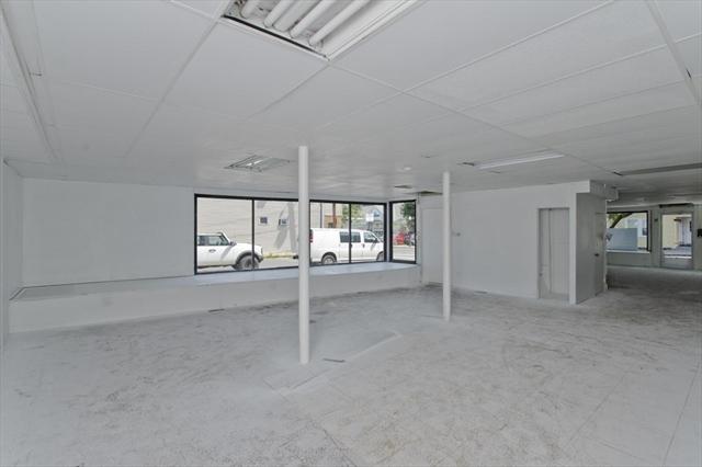 289 East Street Ludlow MA 01056