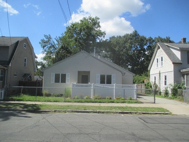 70 Savoy Avenue Springfield MA 01104