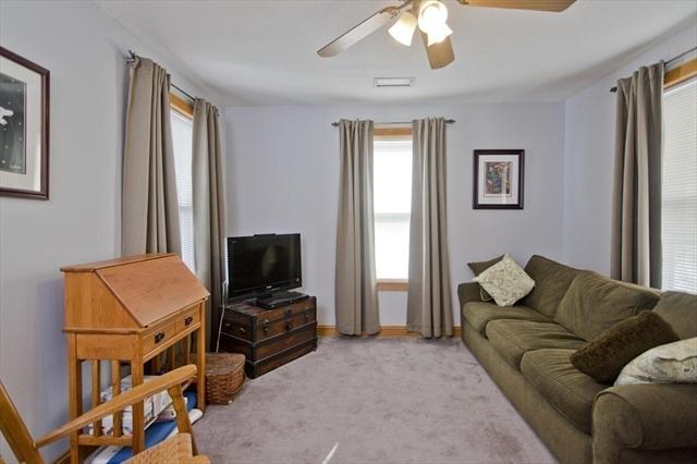 879 West Street Ludlow MA 01056