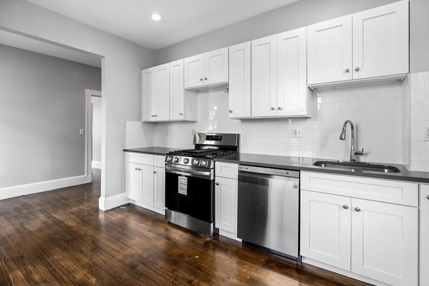 1165 Commonwealth Avenue, Boston, MA Image 3