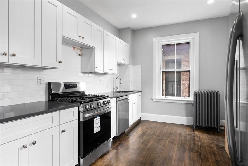 1165 Commonwealth Avenue, Boston, MA Image 4
