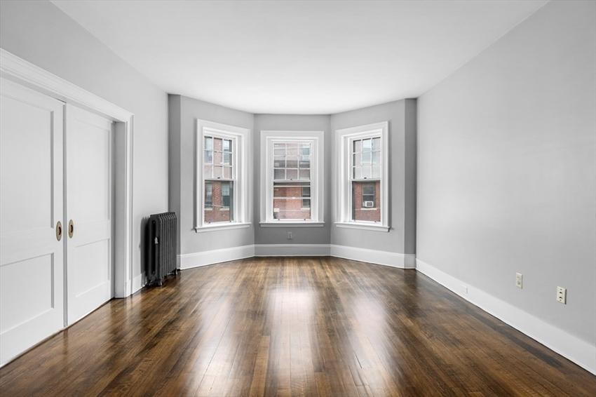 1165 Commonwealth Avenue, Boston, MA Image 9