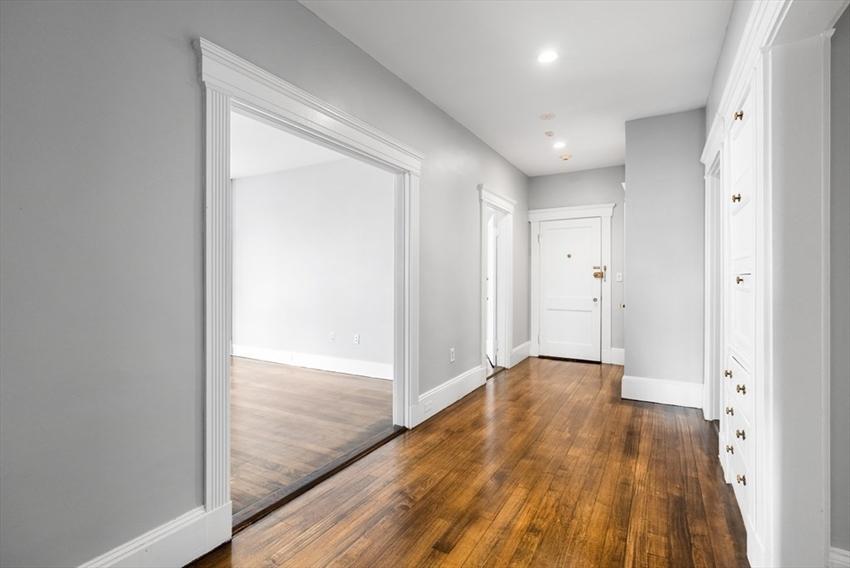 1165 Commonwealth Avenue, Boston, MA Image 10