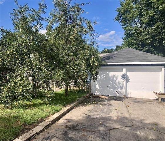 3 Court End Avenue Middleboro MA 02346