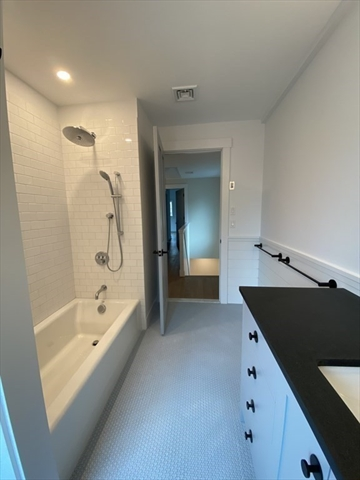 78 Holworthy Street Cambridge MA 02138