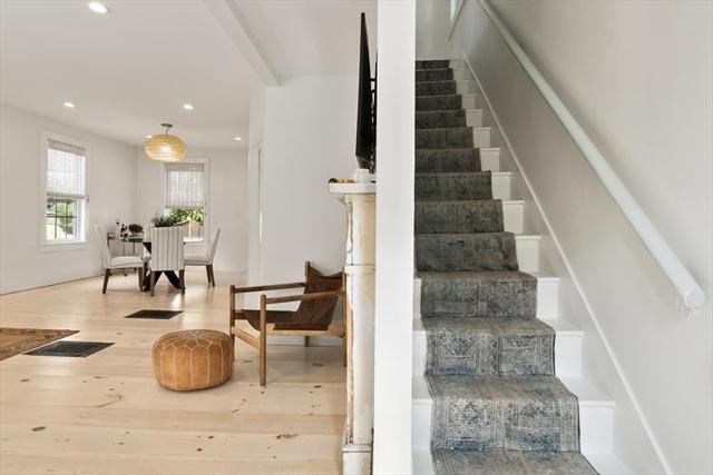 22 Dove Street Newburyport MA 01950