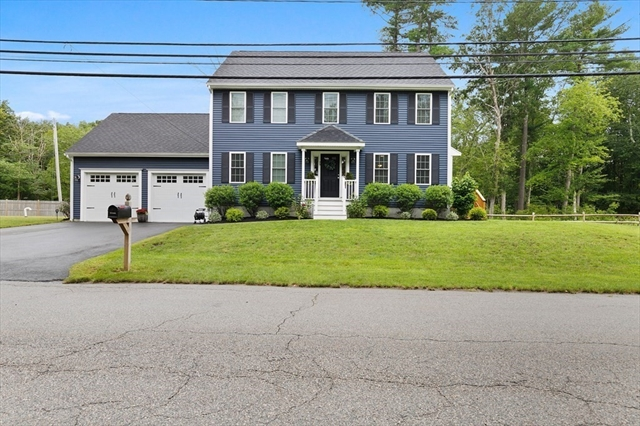75 Old Oak Street East Bridgewater MA 2333