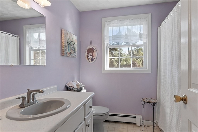 16 Brittany Lane Billerica MA 01821