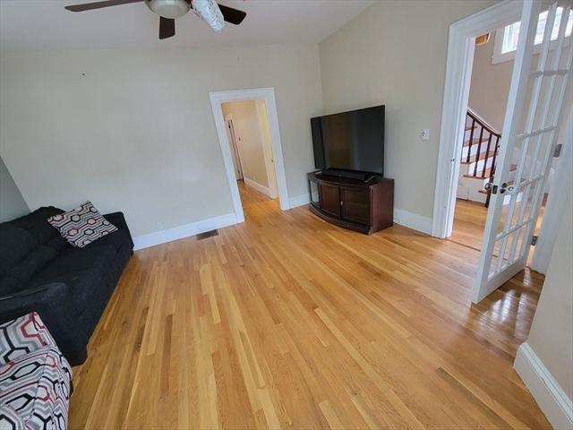84 Pine Street Swampscott MA 01907