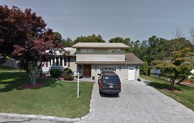 29 Maplecrest Drive Dartmouth MA 02747
