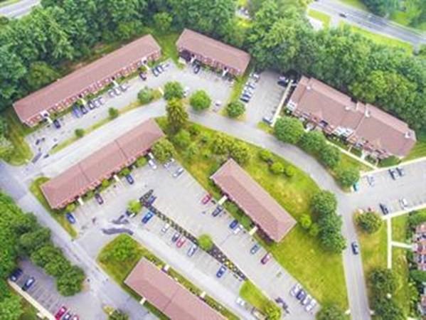 16 Maple Crest Circle Holyoke MA 1040