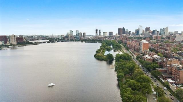 392 Marlborough Boston MA 02115