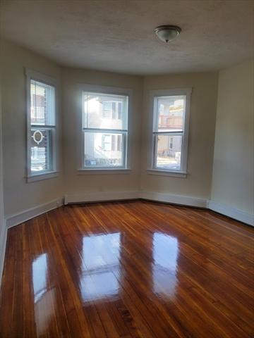 117 Harrishof Boston MA 02121