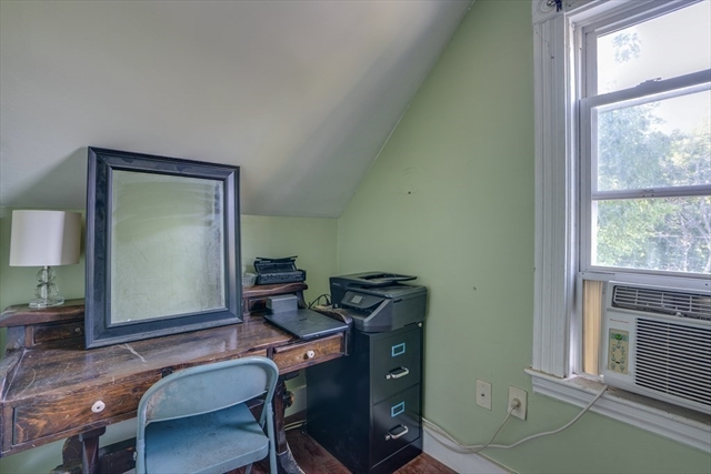193 Oak Street Wakefield MA 01880