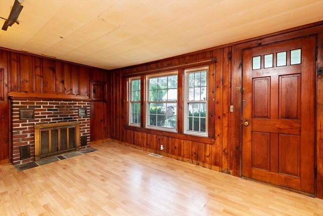 18 Winthrop Road Plymouth MA 02360