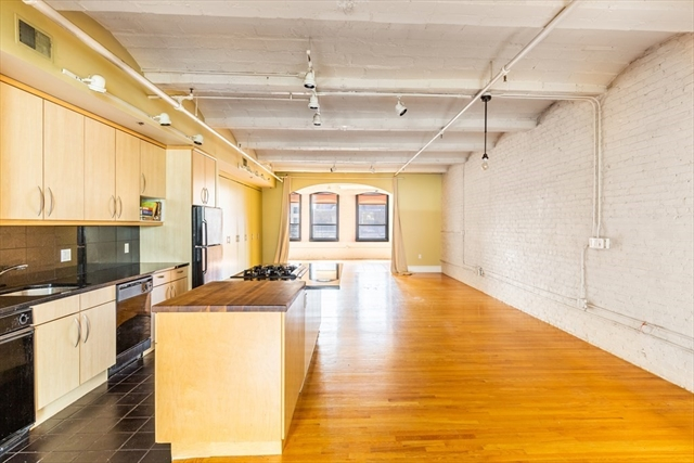 121 Beach St, Boston, MA, 02111, Leather District Home For Sale