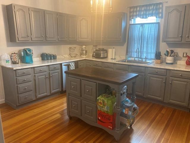 537 SAWYER Street New Bedford MA 02745